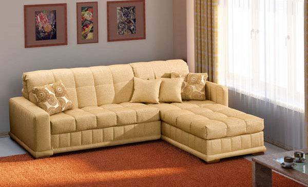 Как без особых усилий очистить мягкую мебель?