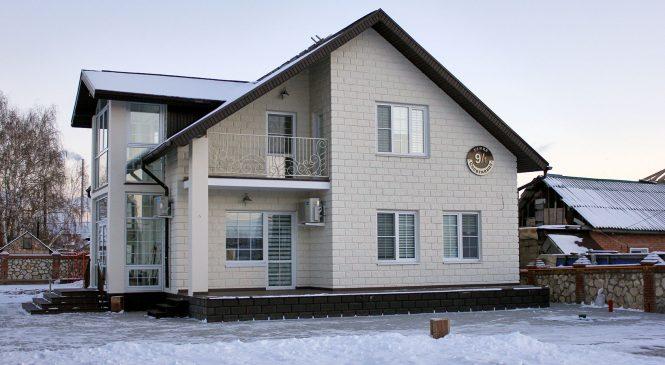 Почему стоит строить дома из теплоблоков?